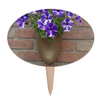 Estorbo del holandés con la violeta blanca azul figuras de tarta