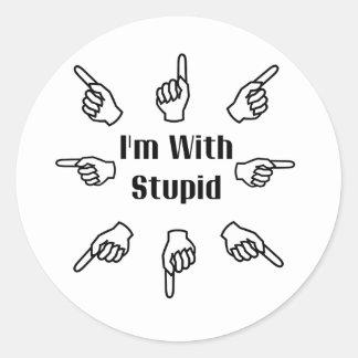 Estoy con estúpido pegatina redonda