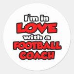 Estoy en amor con un entrenador de fútbol etiqueta redonda