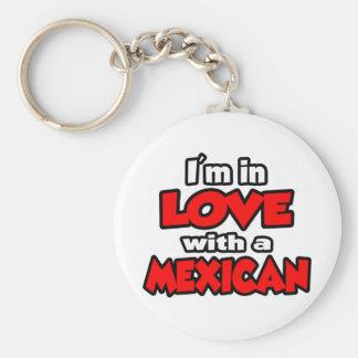 Estoy en amor con un mexicano llavero redondo tipo pin