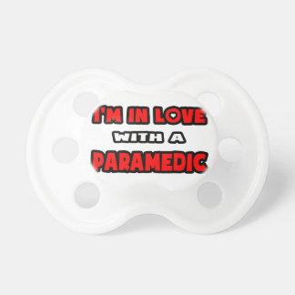Estoy en amor con un paramédico chupetes para bebes