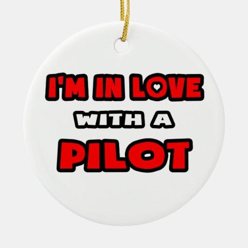 Estoy en amor con un piloto adorno redondo de cerámica