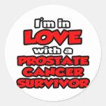 Estoy en amor con un superviviente del cáncer de pegatina redonda