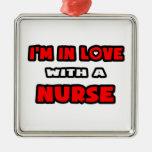 Estoy en amor con una enfermera ornamente de reyes