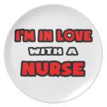 Estoy en amor con una enfermera plato de cena