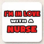 Estoy en amor con una enfermera posavasos