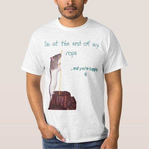 Estoy en el extremo de mi camiseta de la cuerda poleras
