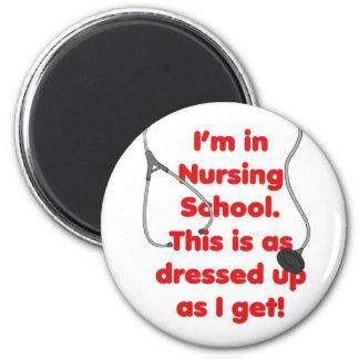 Estoy en la escuela de enfermería - vestida para a imán redondo 5 cm