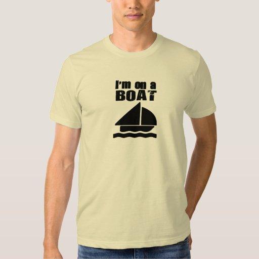 Estoy en los regalos de un barco remeras
