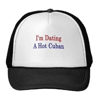 Estoy fechando a un cubano caliente gorros