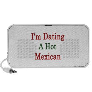 Estoy fechando a un mexicano caliente altavoz de viajar