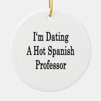 Estoy fechando a un profesor español caliente ornato