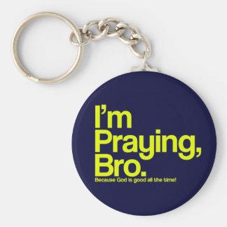 Estoy rogando llavero del cristiano de Bro