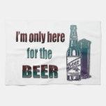 Estoy solamente aquí para la cerveza toallas