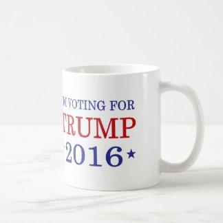 Estoy votando por taza blanca del triunfo 2016 y