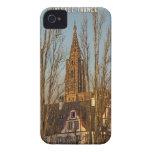 Estrasburgo - catedral y árboles iPhone 4 Case-Mate fundas