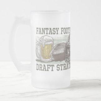 Estrategia del proyecto del fútbol de la fantasía taza cristal mate