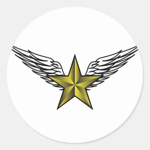 estrella amarilla con las alas pegatina redonda