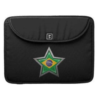 Estrella brasileña de la bandera en negro funda para macbook pro