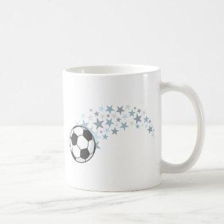 Estrella brillante del balón de fútbol taza de café