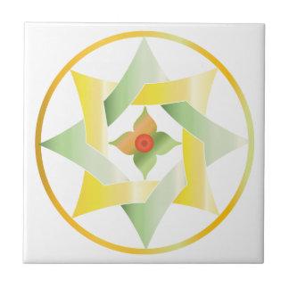 Estrella céltica del nudo en un círculo - amarillo azulejo cuadrado pequeño