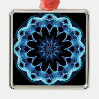Estrella cristalina, mandala azul que brilla adorno navideño cuadrado de metal