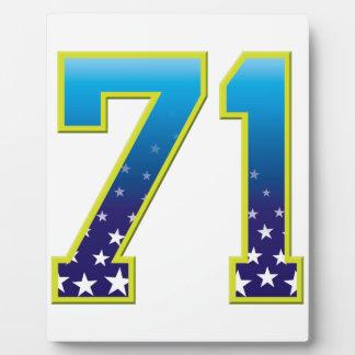 Estrella de 71 edades placa