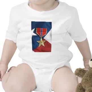 Estrella de bronce en bandera americana traje de bebé