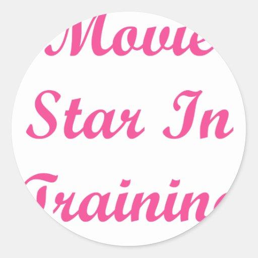 Estrella de cine en el entrenamiento pegatina redonda