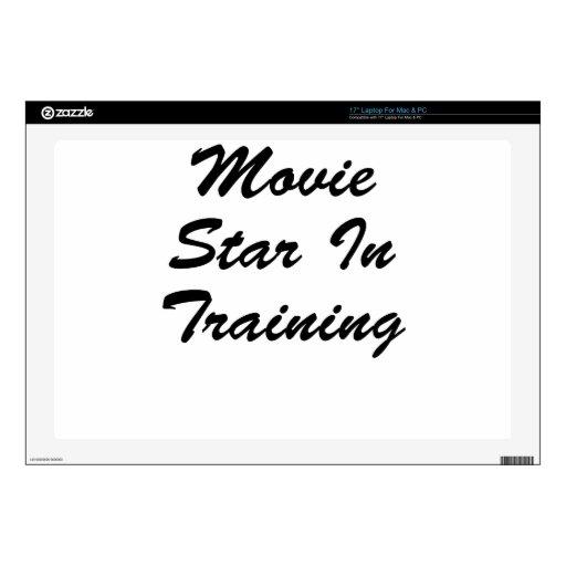 Estrella de cine en el entrenamiento portátil skin