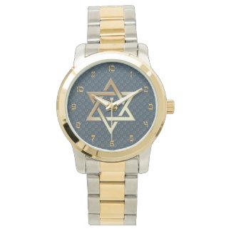 Estrella de David con el fondo oscuro de la Reloj