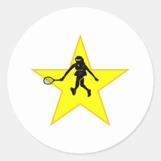 Estrella de la silueta del jugador de tenis etiquetas redondas