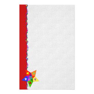 Estrella de los corazones del arco iris  papeleria de diseño
