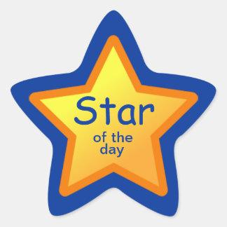 Estrella de los pegatinas del día para los pegatina en forma de estrella