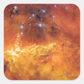 Estrella de NGC 2467 que forma la nebulosa Pegatina Cuadrada