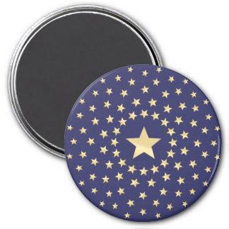 Estrella de oro grande circundada por estrellas má imán de frigorifico