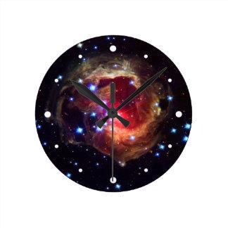 Estrella de V838 Monocerotis (telescopio de Hubble Relojes