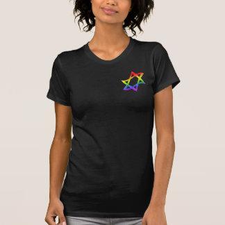 Estrella del arco iris del camisetas oscuro de las playeras
