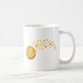 Estrella del baloncesto brillante taza básica blanca