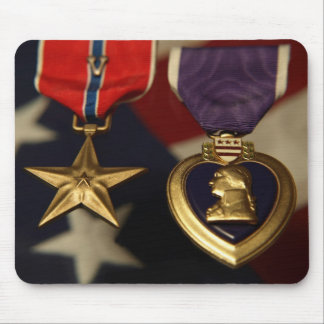 estrella del bronse y corazón púrpura alfombrilla de ratón