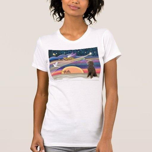 Estrella del navidad - caniche (chocolate estándar t shirt