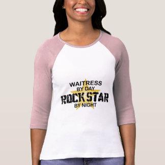 Estrella del rock de la camarera por noche camisetas