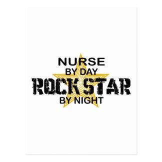 Estrella del rock de la enfermera por noche postal
