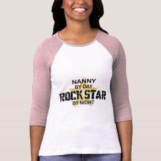 Estrella del rock de la niñera por noche camiseta