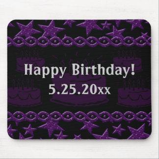 Estrella del rock de la torta de cumpleaños en tapete de ratones