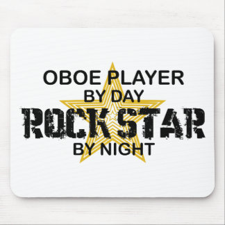 Estrella del rock de Oboe por noche Mousepad