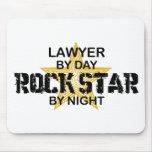 Estrella del rock del abogado por noche tapete de ratón