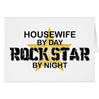 Estrella del rock del ama de casa por noche tarjeta de felicitación