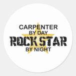 Estrella del rock del carpintero por noche pegatina redonda