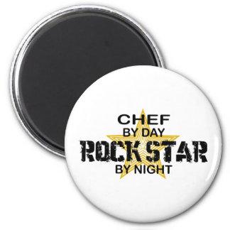 Estrella del rock del cocinero por noche imán redondo 5 cm